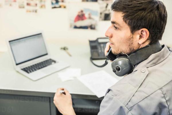 Liberando recursos: Creación de una oficina de gestión remota de la telefonía